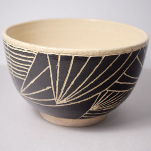 Ceramic bowl with sgraffito decoration