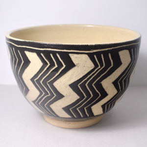 Ceramic bowl with zigzag pattern