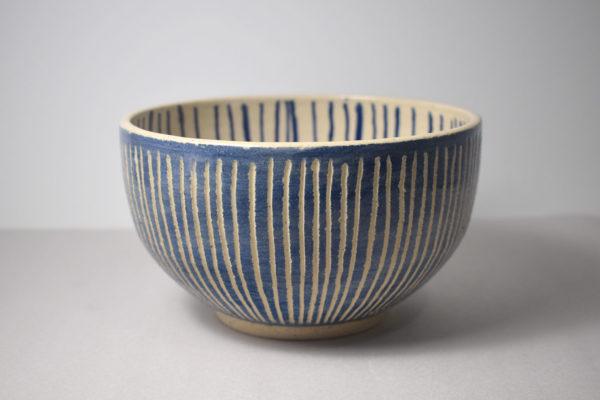 Ceramic bowl with blue decoration