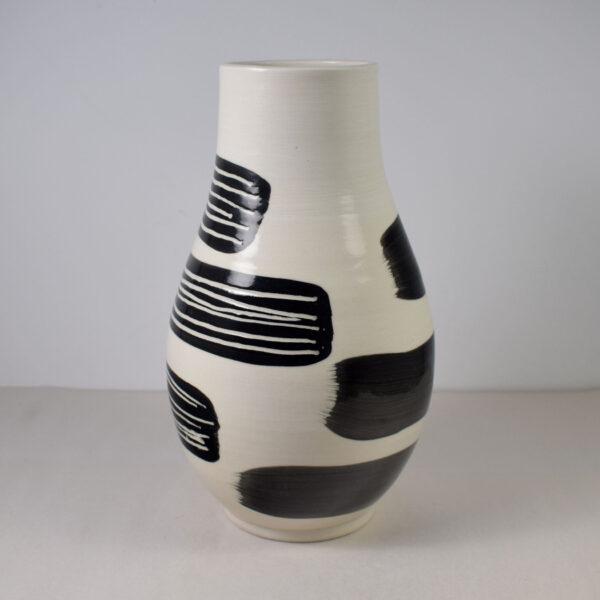 Porcelain vase with black decoration